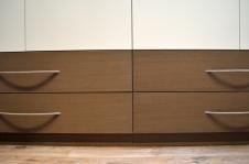 Un alignement difficile à obtenir compte tenu de la taille des tiroirs